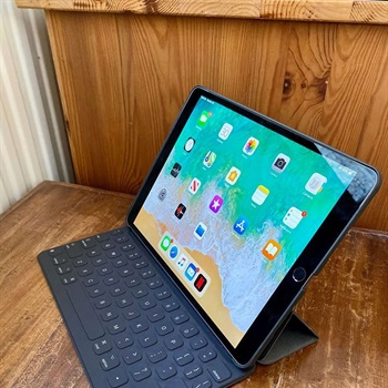 Apple iPad Pro 10.5 mit 64 GB...